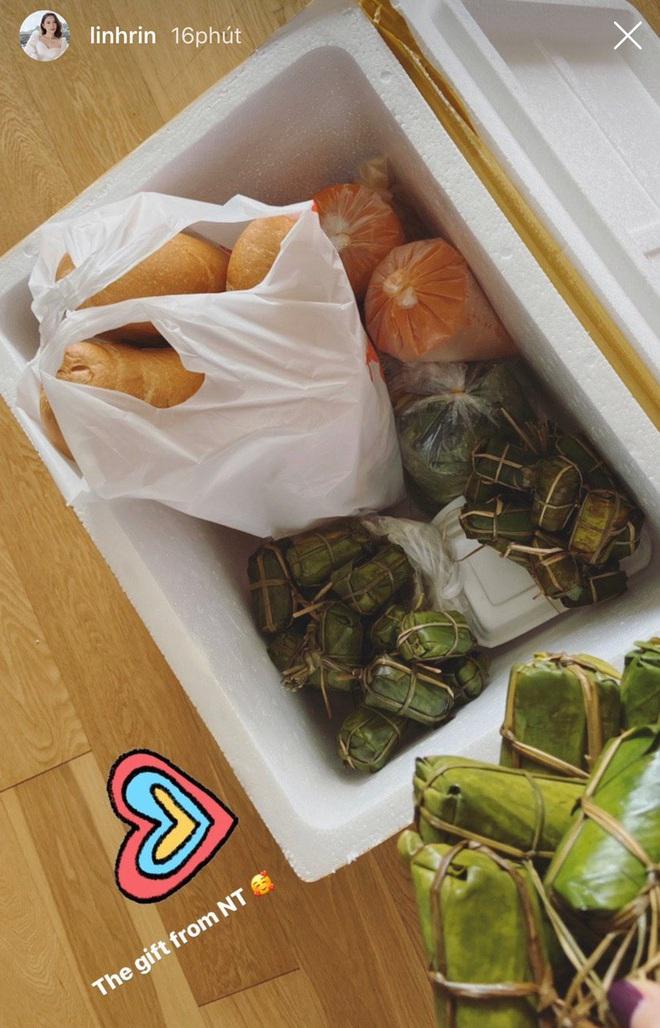 Tâm lý như bố tỷ phú của Phillip Nguyễn: Gửi cả tá đồ ăn, bánh trái đến hải sản cho con trai và bạn gái ở nhà tránh dịch - Ảnh 2.