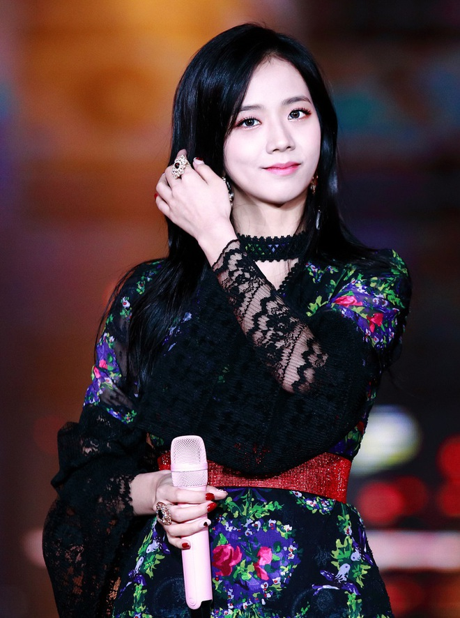 """Loạt idol mang đậm """"chất"""" YG: Rosé và đàn chị giọng """"độc"""" có 1-0-2, từ G-Dragon tới Jennie đều """"rap ra lửa"""", hội visual tiên tử thì đỉnh miễn bàn - ảnh 4"""