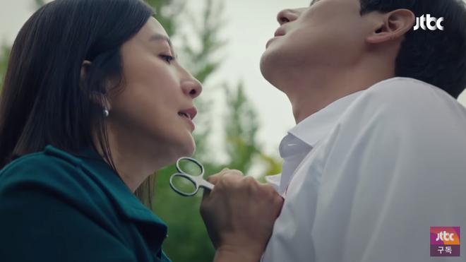 Phim 19+ Thế Giới Hôn Nhân: Màn tái xuất nóng bỏng của Kim Hee Ae, drama tiểu tam khiến chị em vừa xem đã muốn ở giá! - ảnh 10