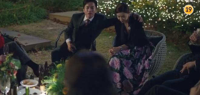 Phim 19+ Thế Giới Hôn Nhân: Màn tái xuất nóng bỏng của Kim Hee Ae, drama tiểu tam khiến chị em vừa xem đã muốn ở giá! - ảnh 6