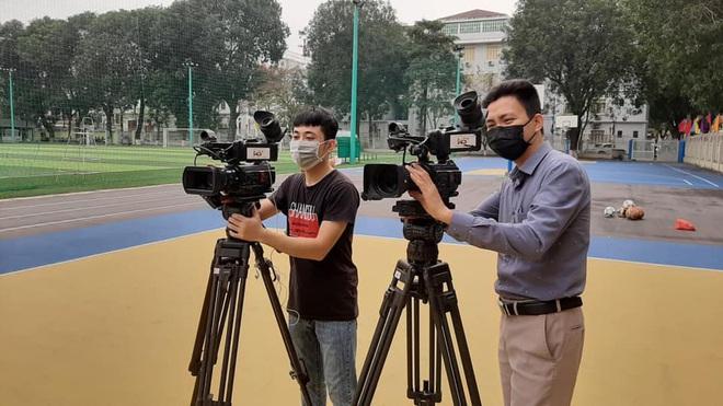 Học thể dục online mà đầu tư xịn xò như quay MV, trường Đại học chất nhất mùa Covid-19 đây rồi! - ảnh 5