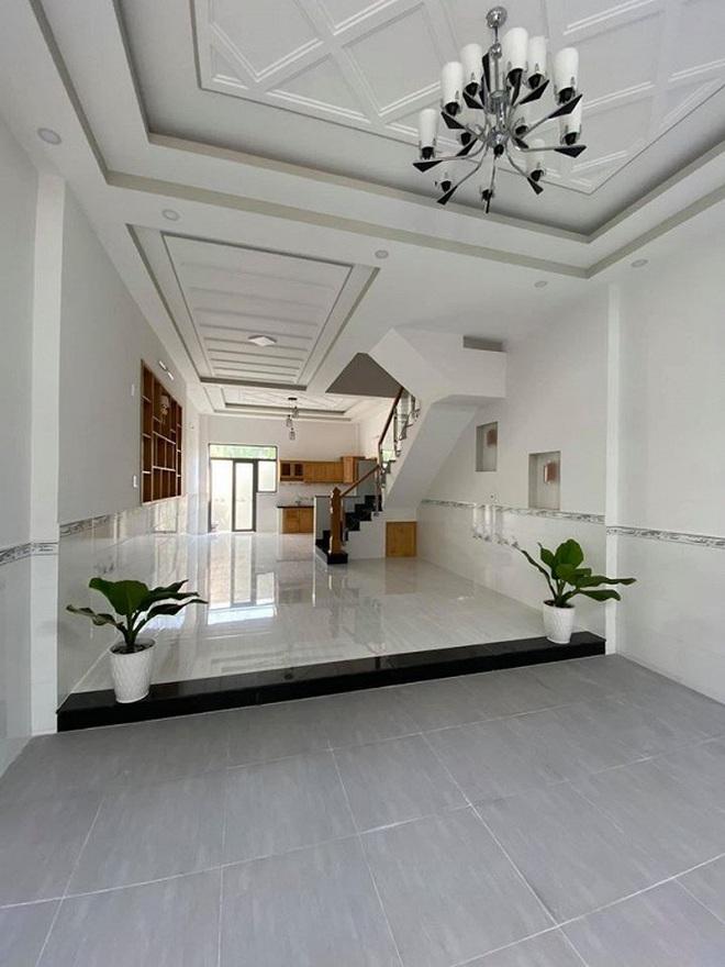 Sao Việt rao bán bất động sản vì ảnh hưởng mùa dịch: Chỉ mong thu hồi vốn, choáng nhất toà nhà nghìn tỷ của Nathan Lee - ảnh 4