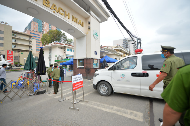 Gỡ lệnh phong tỏa Bệnh viện Bạch Mai, cho phép khám chữa bệnh bình thường từ ngày 12/4 - ảnh 1