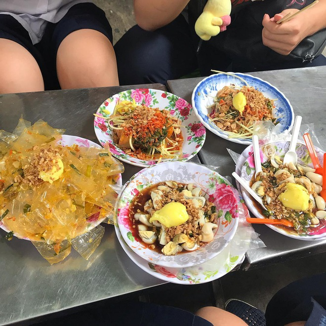 Càn quét hết 10 toạ độ bán bánh tráng ngon nức tiếng giữa lòng Sài Gòn, toàn là nơi đình đám được review rất tốt - Ảnh 22.