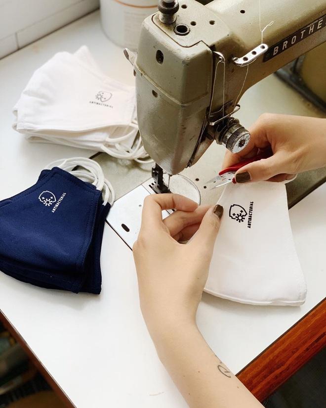 Local brand Việt lao đao mùa dịch: Bán online, giảm giá không ăn thua; có brand sản xuất khẩu trang, nhập nước rửa tay về bán - ảnh 5