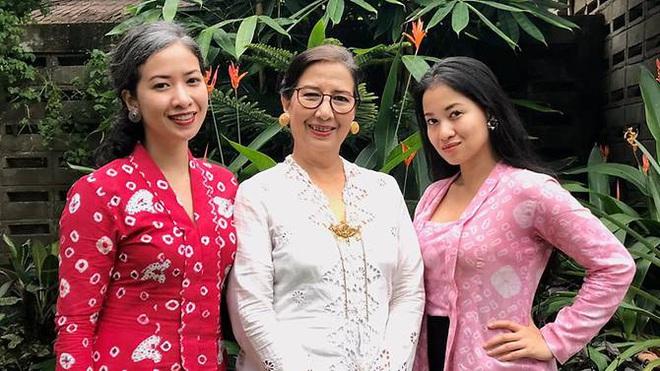 Ba mẹ con nhiễm Covid-19 đầu tiên ở Indonesia kể lại thời điểm khủng hoảng khi có kết quả dương tính, bị dân mạng kỳ thị và dọa giết mỗi ngày - ảnh 1