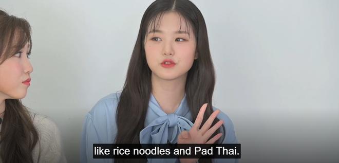 Center của IZ*ONE nhầm lẫn pad Thái là món ăn Việt Nam nhưng tổ biên tập cũng không thèm edit? - ảnh 2