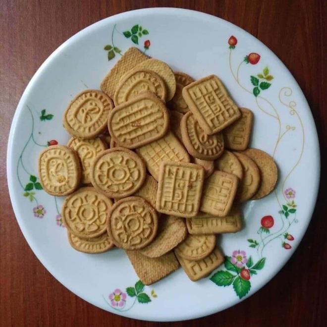 Món bánh quy cam chứa đựng cả bầu trời tuổi thơ của thời học sinh, nhắc lại mà dân mạng chỉ biết sụt sùi muốn được ăn lần nữa - Ảnh 2.