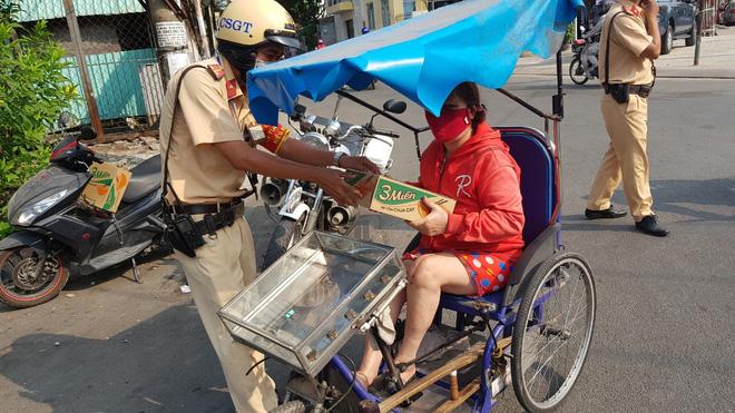 Vì sao tai nạn giao thông ở Sài Gòn diễn biến phức tạp, tăng cao trong mùa dịch Covid-19 - ảnh 4