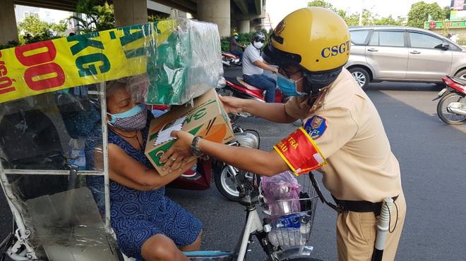 Vì sao tai nạn giao thông ở Sài Gòn diễn biến phức tạp, tăng cao trong mùa dịch Covid-19 - ảnh 3