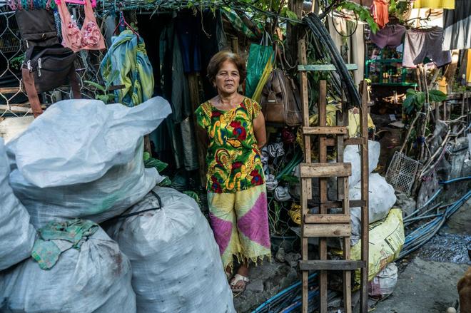 Bạn có thể tránh dịch, nhưng sao thoát được cơn đói?: Chuyện tồn tại của người nghèo châu Á giữa những thành phố bị phong tỏa vì Covid-19 - ảnh 16