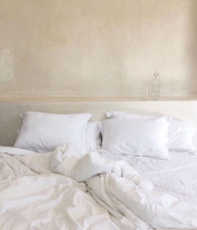 Thám hiểm phòng ngủ của những gương mặt đình đám trên mạng: Cần gì xa xôi khi đã có một studio thu nhỏ trong nhà?