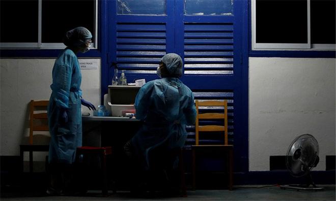Diễn biến dịch Covid-19 thế giới ngày 20/4: Số người nhiễm bệnh và tử vong của Nhật Bản vượt Hàn Quốc, Singapore ghi nhận kỷ lục hơn 1.400 ca mới - Ảnh 1.