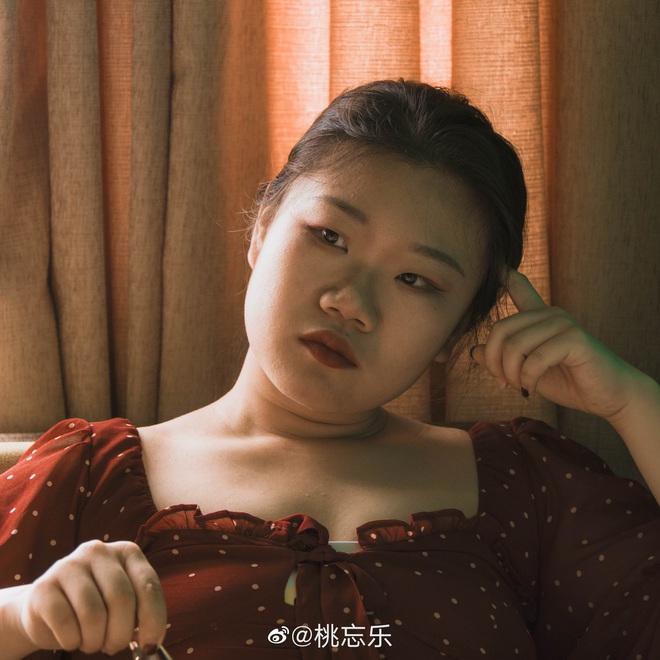 Hỏi bí quyết làm đẹp của con gái là gì, câu trả lời chỉ có 1 từ duy nhất: Photoshop!