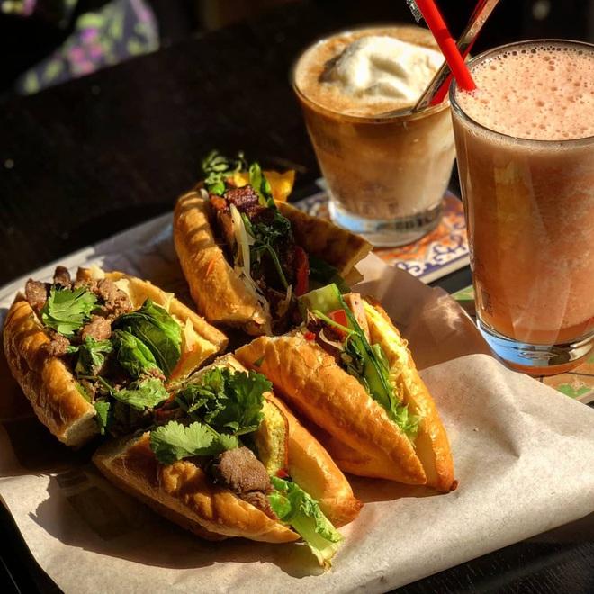 Tự hào khôn xiết với 3 thương hiệu đồ ăn uống Việt Nam đã xuất ngoại thành công, khách nước ngoài xếp hàng mua nườm nượp - Ảnh 9.