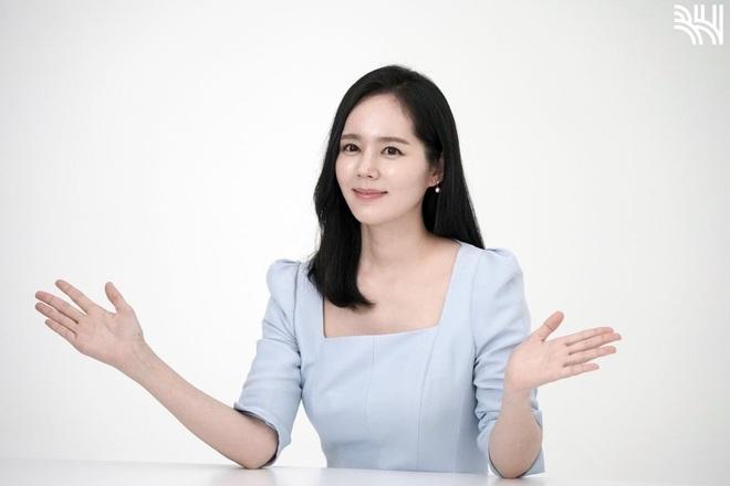 Tăng cân sương sương, biểu tượng nhan sắc xứ Hàn Han Ga In gây sốt Weibo với nhan sắc mặn mà khác hẳn thời son rỗi - ảnh 11