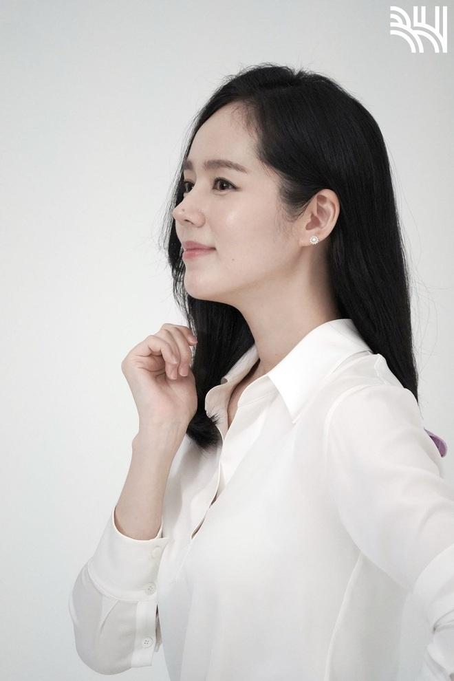 Tăng cân sương sương, biểu tượng nhan sắc xứ Hàn Han Ga In gây sốt Weibo với nhan sắc mặn mà khác hẳn thời son rỗi - ảnh 2