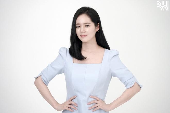 Tăng cân sương sương, biểu tượng nhan sắc xứ Hàn Han Ga In gây sốt Weibo với nhan sắc mặn mà khác hẳn thời son rỗi - ảnh 9
