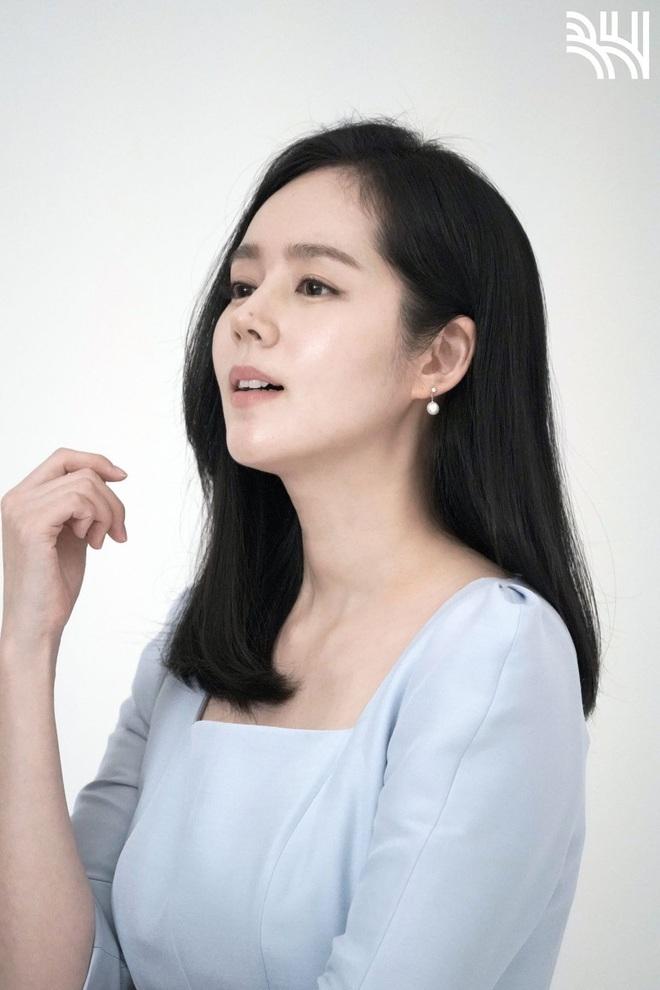 Tăng cân sương sương, biểu tượng nhan sắc xứ Hàn Han Ga In gây sốt Weibo với nhan sắc mặn mà khác hẳn thời son rỗi - ảnh 10