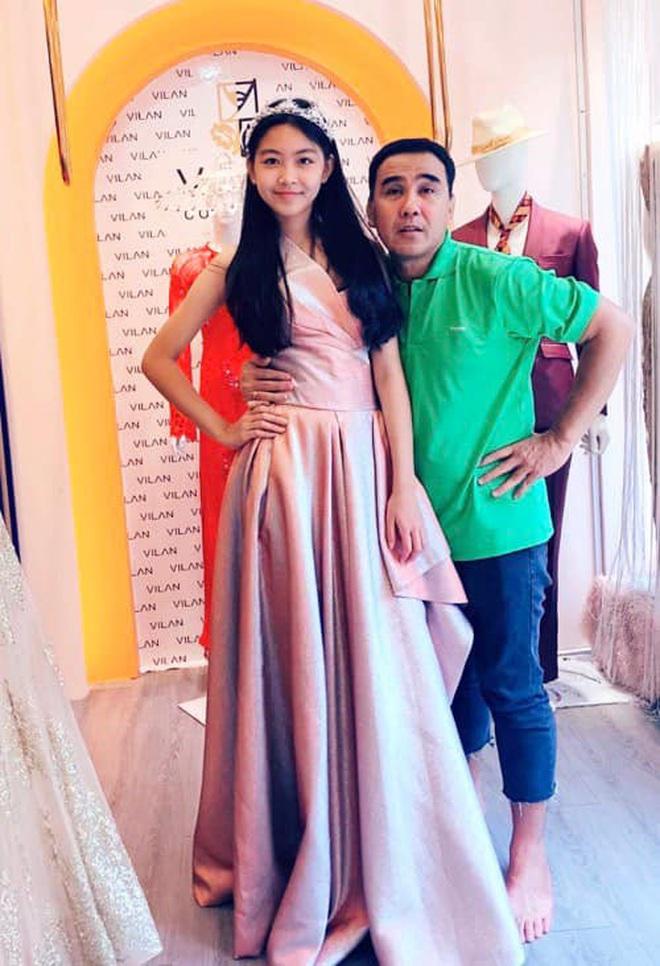 Con gái Quyền Linh mặc áo dài của mẹ đón sinh nhật tuổi 14: Đẹp nức nở thế này thì là công chúa chứ Lọ Lem gì! - Ảnh 4.