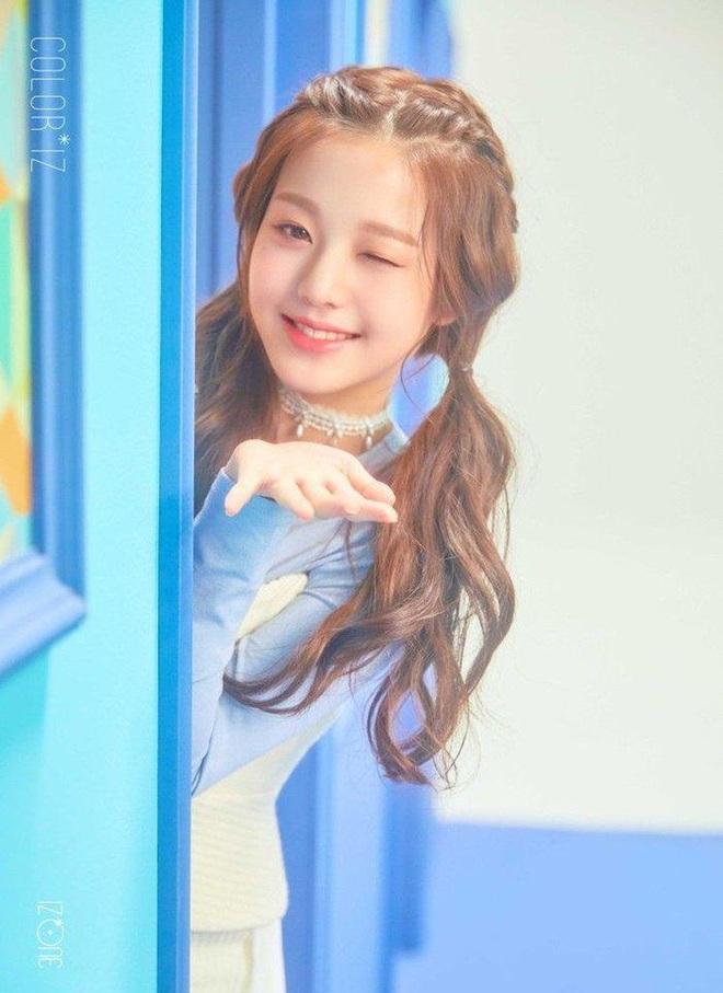 Nữ Idol 14 tuổi có ngoại hình như em bé: So sánh với center của IZ*ONE quả là một trời một vực! - ảnh 8