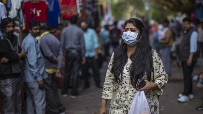 Ấn Độ cắt giảm 30% lương của bộ máy chính quyền, dành tiền chống dịch - ảnh 1