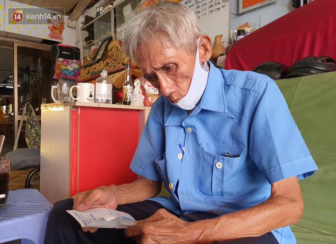"""Được cộng đồng mạng giúp đỡ sau khi mất việc, bác bảo vệ già ở Sài Gòn xúc động: """"Con ơi, hãy giúp người khó khăn hơn"""" - Ảnh 2."""
