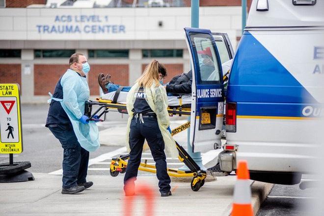 Covid-19 ở Mỹ: Gần 11.000 ca tử vong, New York giữ ổn định 2 ngày liền - ảnh 2