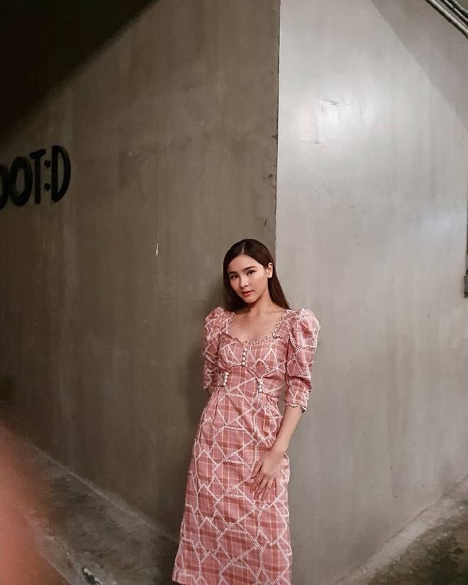 Ngắm các mỹ nhân Thái là ra ngay được 3 kiểu váy xinh nhức nhối, cực đáng sắm để đón Hè - ảnh 9