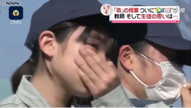 Lớp học ở Nhật gây phẫn nộ vì bắt học sinh giết mổ và ăn thịt con vật do chính tay mình nuôi - ảnh 7