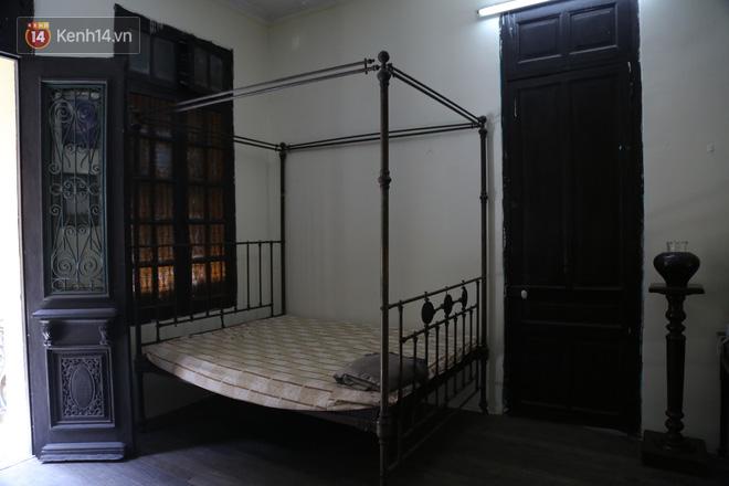 Ngắm ngôi biệt thự 800m2 của đại gia giàu nhất phố cổ Hà Nội một thời, từng xuất hiện trên nhiều bộ phim nổi tiếng - ảnh 11