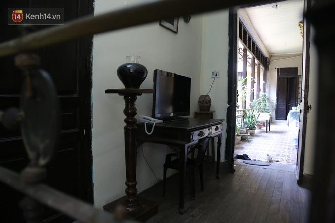 Ngắm ngôi biệt thự 800m2 của đại gia giàu nhất phố cổ Hà Nội một thời, từng xuất hiện trên nhiều bộ phim nổi tiếng - ảnh 13