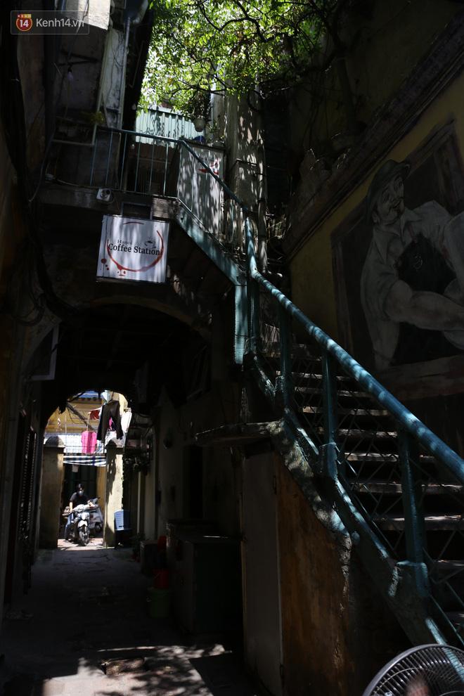 Ngắm ngôi biệt thự 800m2 của đại gia giàu nhất phố cổ Hà Nội một thời, từng xuất hiện trên nhiều bộ phim nổi tiếng - ảnh 16