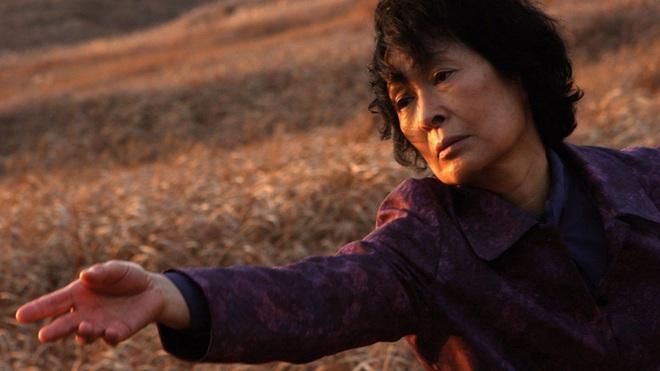 10 sự thật ít ai biết về Quả cầu vàng xứ Hàn Baeksang: Kim Soo Hyun lập kỉ lục nhưng vẫn kém xa đàn anh Lee Byung Hun ở một khoản - ảnh 9