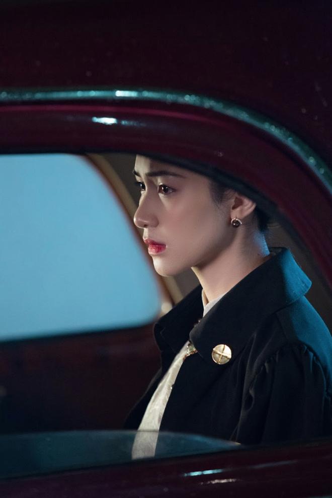 Trang phục trong MV mới của Hòa Minzy: Tổng số 140 bộ, lên ý tưởng mất 2 năm, đáng khen nhất là khá sát nguyên mẫu - Ảnh 4.