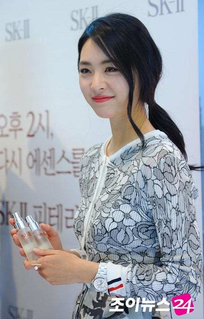 Sự nghiệp đầy tranh cãi của Lee Yeon Hee - mỹ nhân hạnh phúc nhất SM vừa lên xe hoa - ảnh 3