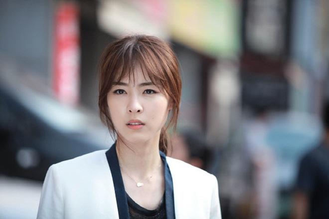 Sự nghiệp đầy tranh cãi của Lee Yeon Hee - mỹ nhân hạnh phúc nhất SM vừa lên xe hoa - ảnh 7
