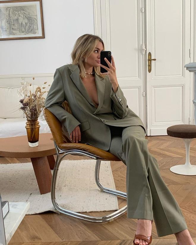 """5 items """"đinh"""" của phụ nữ Pháp mà bạn nên tậu ngay nếu muốn """"biến hình"""" thành quý cô sành mặc - Ảnh 3."""