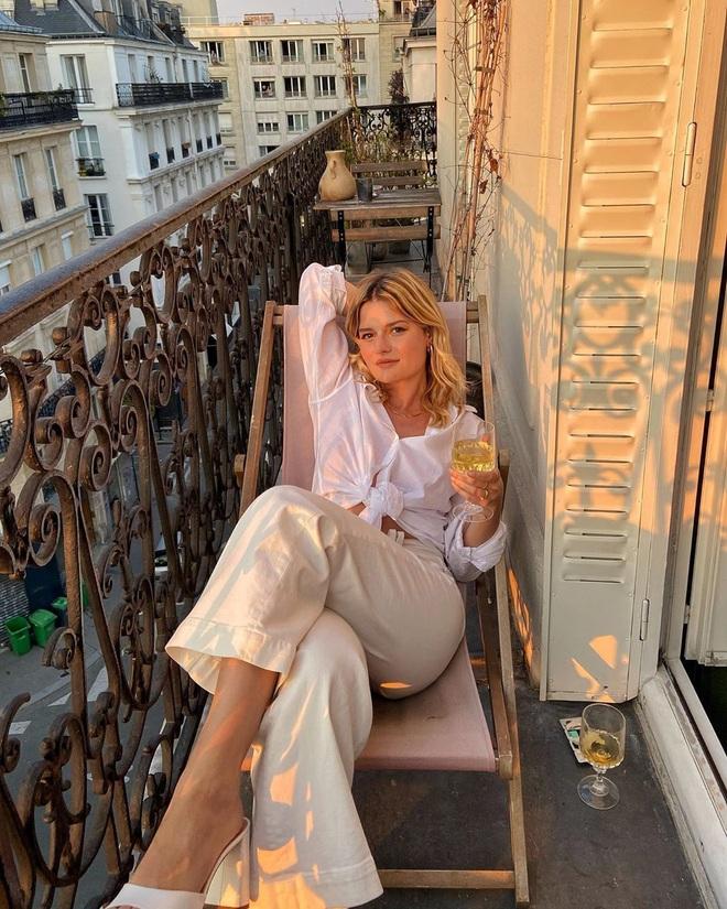 """5 items """"đinh"""" của phụ nữ Pháp mà bạn nên tậu ngay nếu muốn """"biến hình"""" thành quý cô sành mặc - Ảnh 1."""