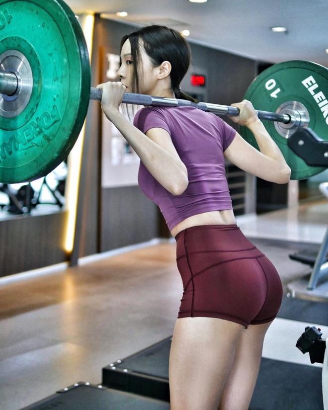 """""""Hot girl số 1 Malaysia"""" chia sẻ bí quyết lấy lại thân hình """"thắt đáy lưng ong"""" khi giảm từ 52kg xuống 45kg - Ảnh 7."""