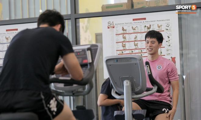 Đình Trọng nhăn nhó khi tập đạp xe, than thở: Em không muốn nói chuyện nữa luôn - ảnh 5