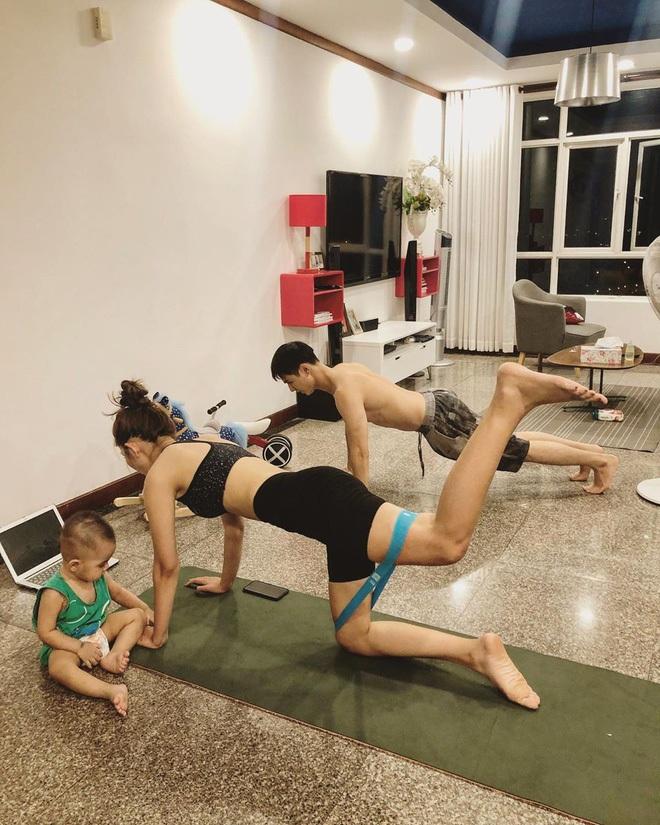 Sao Việt lấy lại dáng đẹp sau sinh: Nhã Phương tập lên cả cơ bụng, Lan Khuê bụng phẳng lì không chút mỡ thừa - ảnh 37