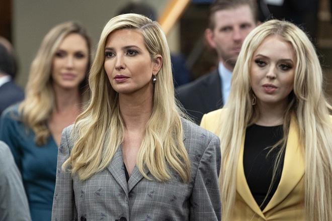 Con gái út cực phẩm nhưng kín tiếng của ông Trump: Tốt nghiệp trường luật, xử lý khéo quan hệ gia đình và tham vọng bước vào đế chế kinh doanh - ảnh 2