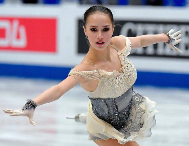 'Thiên thần' trượt băng được ông Putin chúc mừng sinh nhật - ảnh 8