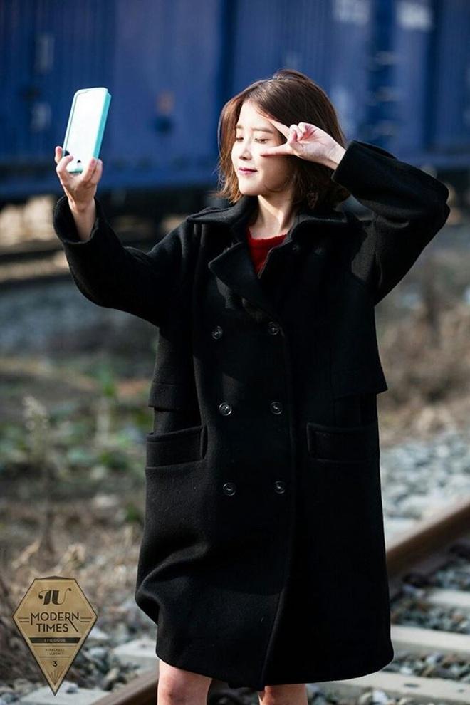 Hiếm idol nữ nào selfie mà đạt đến độ đẹp điên đảo như IU, kéo đến hình siêu zoom lồ lộ làn da và đường nét mới choáng - ảnh 4