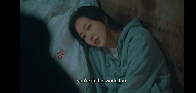 Khán giả Quân Vương Bất Diệt tranh cãi cực căng vì 2 tình tiết nhức não: Cậu bé yo yo là ai, Lee Min Ho cứu phải kẻ giả mạo? - ảnh 2