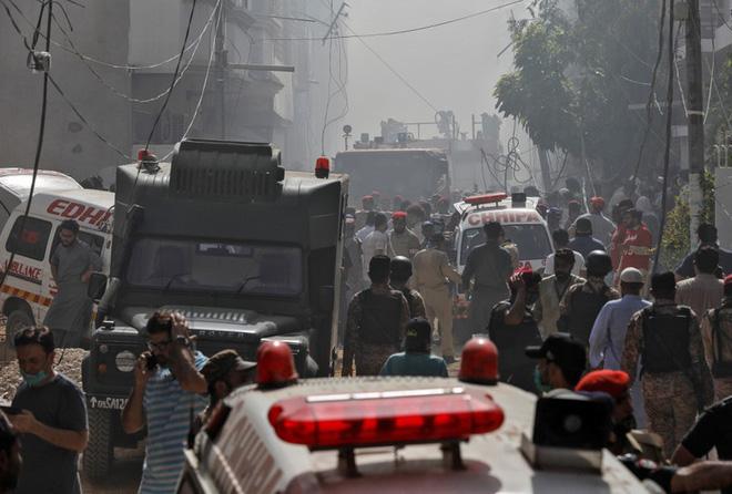 Tai nạn máy bay tại Pakistan: Ít nhất 80 người đã tử vong - ảnh 1