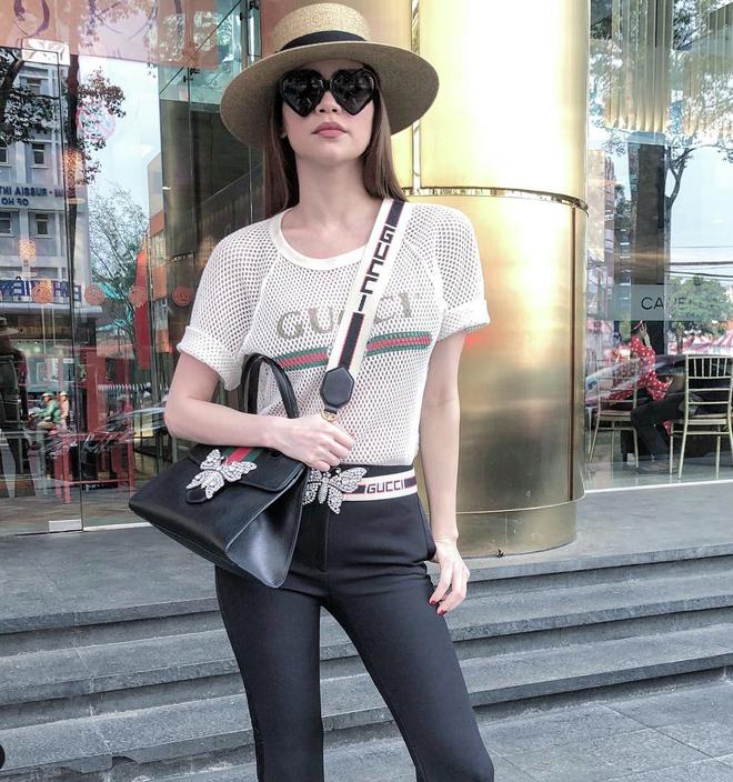 Khối tài sản của hội mỹ nhân Vbiz sinh con năm Chuột vàng: Ở nhà sang đi xế xịn, choáng nhất nữ ca sĩ chi 21 tỷ mua trang sức - ảnh 8