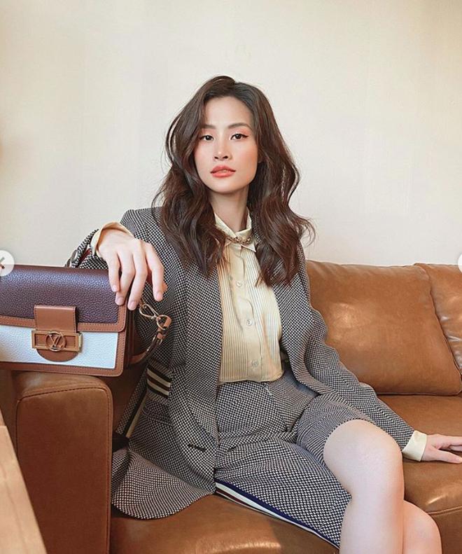 Khối tài sản của hội mỹ nhân Vbiz sinh con năm Chuột vàng: Ở nhà sang đi xế xịn, choáng nhất nữ ca sĩ chi 21 tỷ mua trang sức - ảnh 16