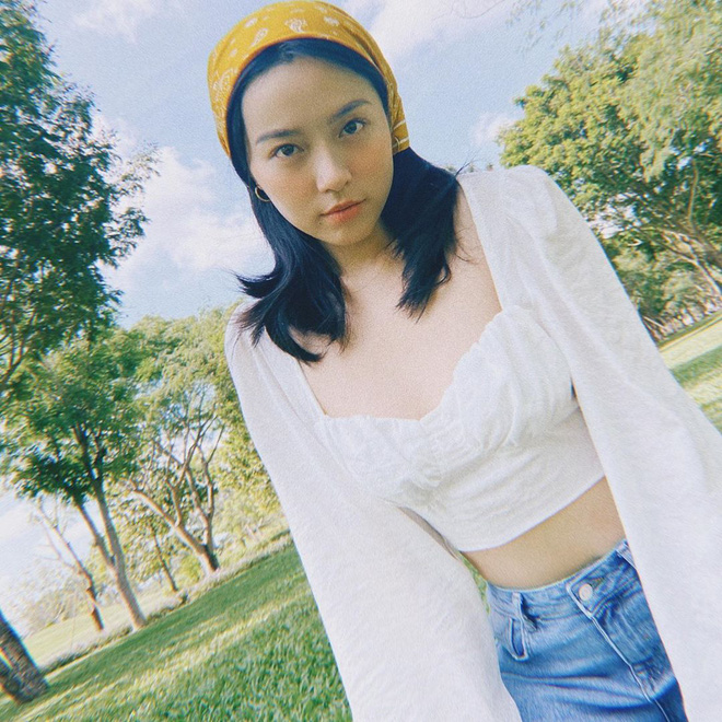 Kiểu áo váy khoét lưng gợi cảm na ná áo Jennie đang cực hot ở các shop mà giá lại chỉ vài ba trăm, chị em còn chờ gì mà không tậu - ảnh 16